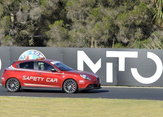 Alfa Romeo Giulietta Safety Car ufficiale Superbike 2012 - Foto 5 di 10