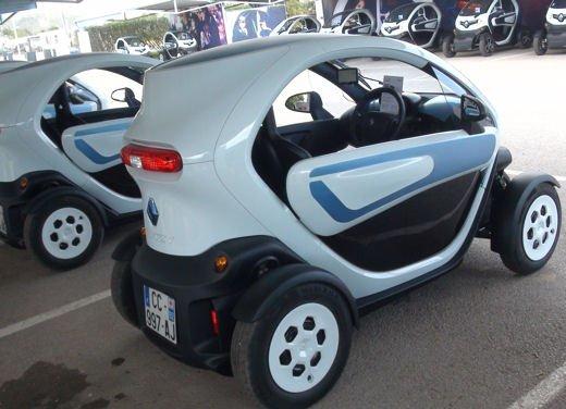 Renault Twizy provata su strada a Ibiza - Foto 3 di 33