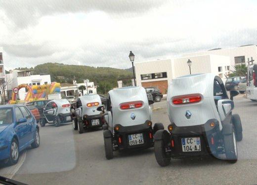 Renault Twizy provata su strada a Ibiza - Foto 7 di 33
