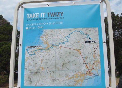 Renault Twizy provata su strada a Ibiza - Foto 17 di 33