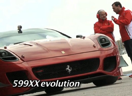 Ferrari 599XX Evolution, il debutto in pista - Foto 7 di 25