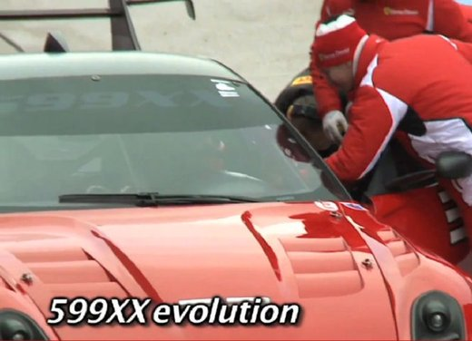Ferrari 599XX Evolution, il debutto in pista - Foto 14 di 25