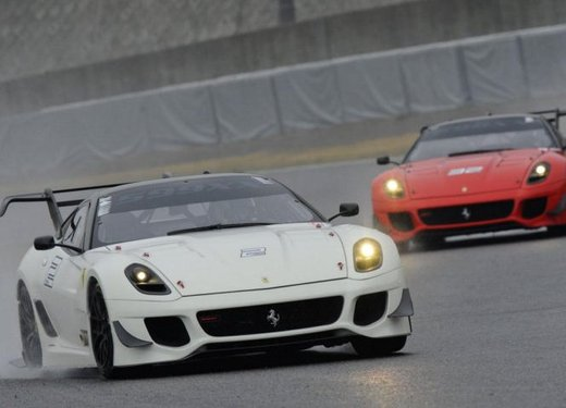 Ferrari 599XX Evolution, il debutto in pista - Foto 24 di 25