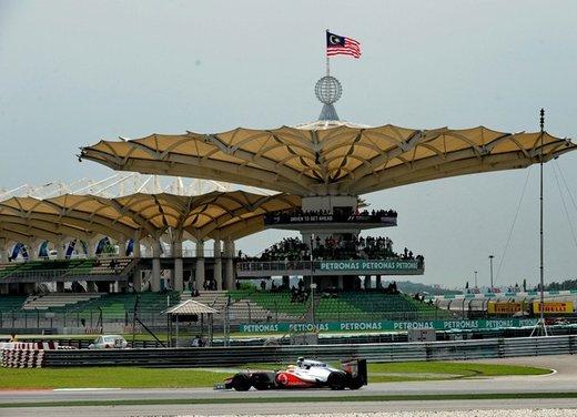 F1 GP Malesia 2012: Alonso sesto, Hamilton il più veloce nelle prove libere - Foto 1 di 24