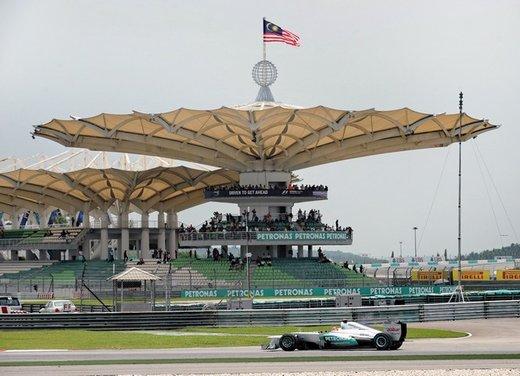 F1 GP Malesia 2012: Alonso sesto, Hamilton il più veloce nelle prove libere - Foto 4 di 24
