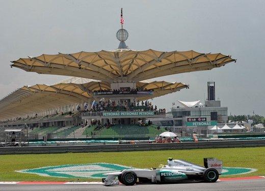 F1 GP Malesia 2012: Alonso sesto, Hamilton il più veloce nelle prove libere - Foto 5 di 24