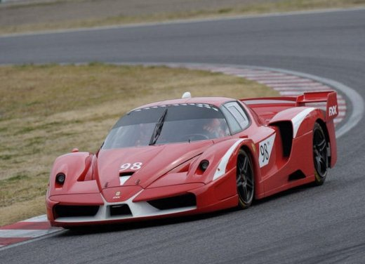 Ferrari 599XX Evolution, il debutto in pista - Foto 15 di 25