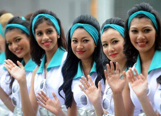 F1 GP Malesia 2012: le ragazze in griglia di partenza - Foto 17 di 24