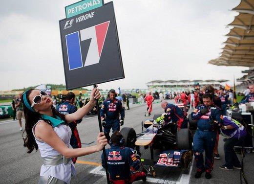 F1 GP Malesia 2012: le ragazze in griglia di partenza - Foto 21 di 24