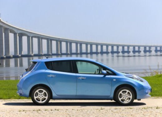 Nissan Leaf di servizio nelle aree di sosta giapponesi - Foto 22 di 28