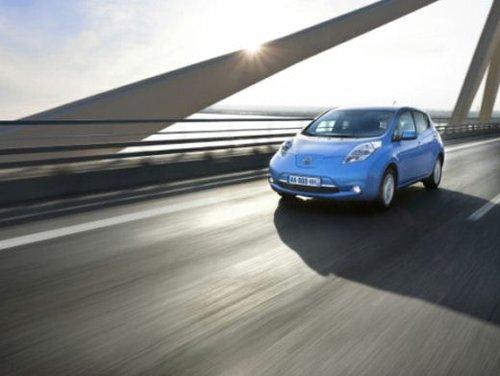 Nissan Leaf di servizio nelle aree di sosta giapponesi - Foto 24 di 28