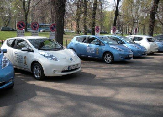 Nissan Leaf Autonomous Drive si guida da sola - Foto 8 di 28