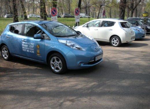 Nissan Leaf Autonomous Drive si guida da sola - Foto 10 di 28