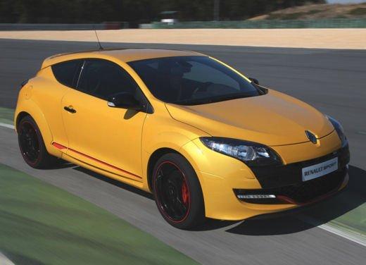Nuova gamma Renault Mégane provata su strada a Siviglia - Foto 13 di 17