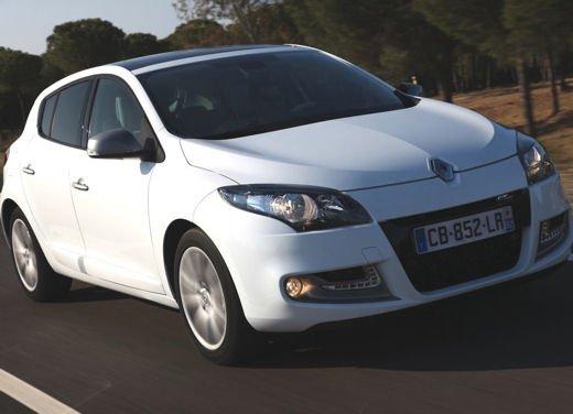 Nuova gamma Renault Mégane provata su strada a Siviglia - Foto 16 di 17