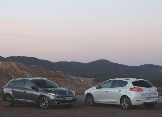 Nuova gamma Renault Mégane provata su strada a Siviglia - Foto 1 di 17