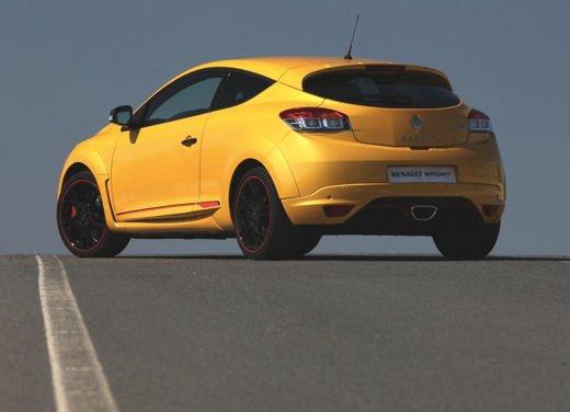 Nuova gamma Renault Mégane provata su strada a Siviglia - Foto 12 di 17