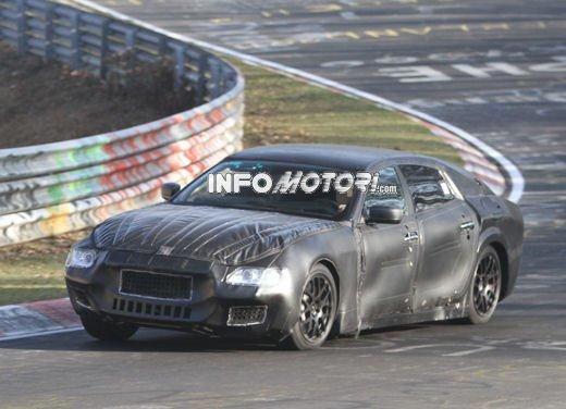 Nuove foto spia della Maserati Quattroporte durante i collaudi - Foto 5 di 18