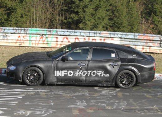 Nuove foto spia della Maserati Quattroporte durante i collaudi - Foto 7 di 18