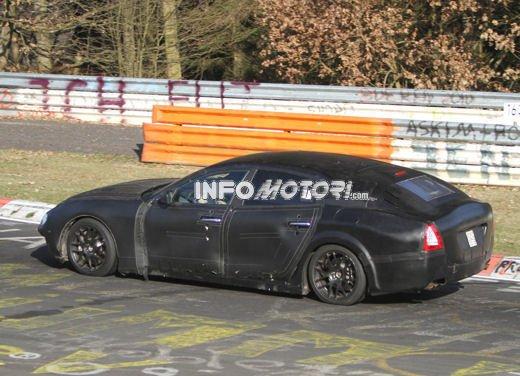 Nuove foto spia della Maserati Quattroporte durante i collaudi - Foto 8 di 18