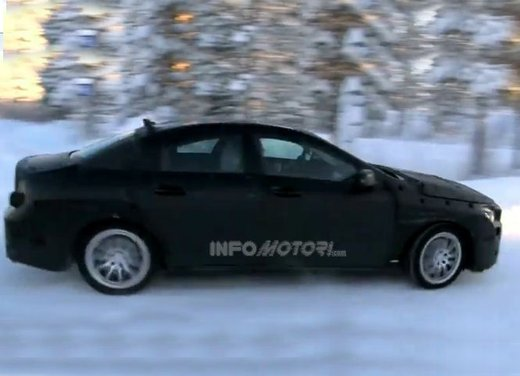 Mercedes CLC video spia dei test al Circolo Polare artico - Foto 4 di 8