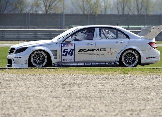 Mercedes-AMG nel Campionato Superstars 2012 - Foto 16 di 16