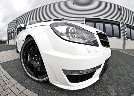 Mercedes C63 AMG tuning by Wheelsandmore - Foto 2 di 12