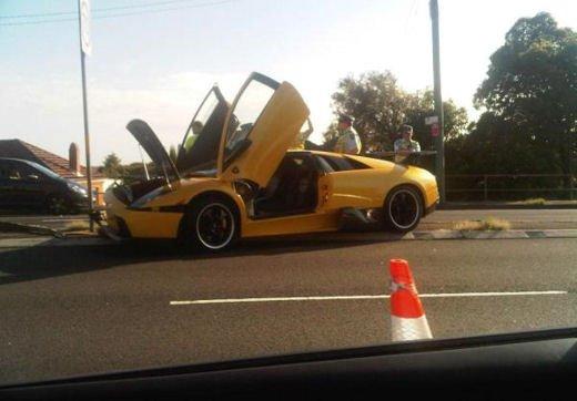 Car crash, gli incidenti più bizzarri delle ultime settimane - Foto 14 di 17