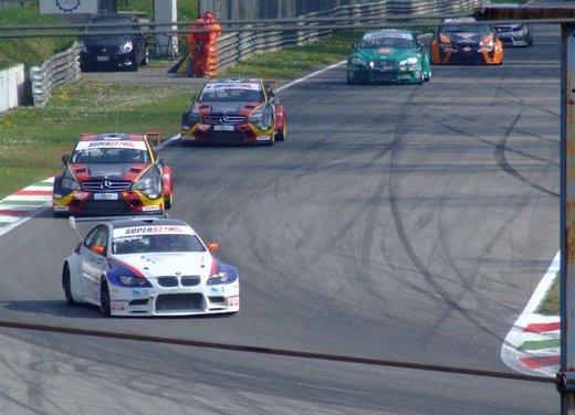 Superstars 2012, a Monza il via al mondiale sotto la stella di Mercedes e Liuzzi - Foto 8 di 35