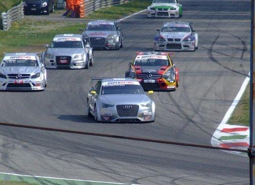 Superstars 2012, a Monza il via al mondiale sotto la stella di Mercedes e Liuzzi - Foto 11 di 35