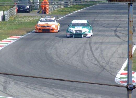 Superstars 2012, a Monza il via al mondiale sotto la stella di Mercedes e Liuzzi - Foto 15 di 35