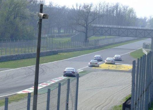 Superstars 2012, a Monza il via al mondiale sotto la stella di Mercedes e Liuzzi - Foto 17 di 35