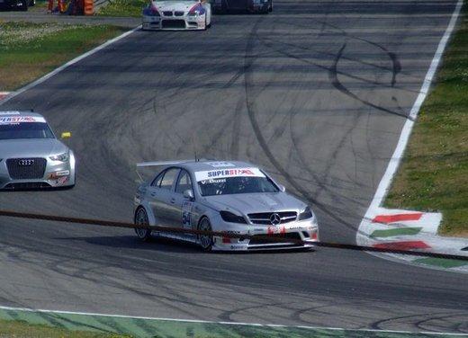 Superstars 2012, a Monza il via al mondiale sotto la stella di Mercedes e Liuzzi - Foto 25 di 35