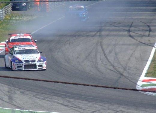 Superstars 2012, a Monza il via al mondiale sotto la stella di Mercedes e Liuzzi - Foto 27 di 35