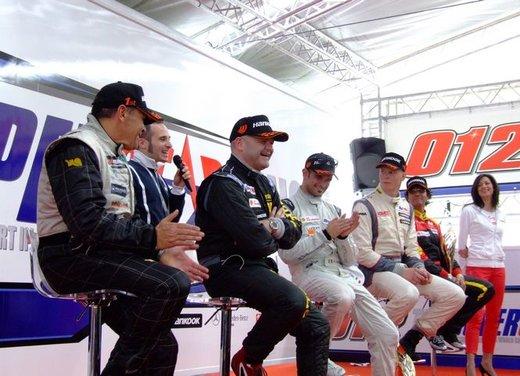Superstars 2012, a Monza il via al mondiale sotto la stella di Mercedes e Liuzzi - Foto 1 di 35