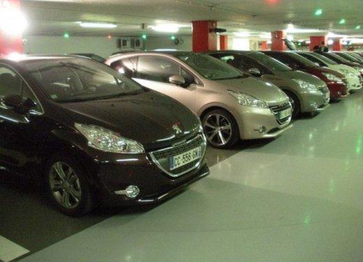Peugeot 208: prova su strada della city car francese - Foto 6 di 35
