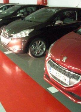 Peugeot 208: prova su strada della city car francese - Foto 7 di 35