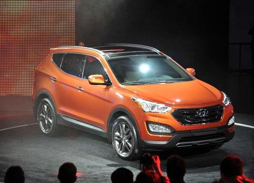 Nuova Hyundai Santa Fe prezzi e consumi - Foto 2 di 15