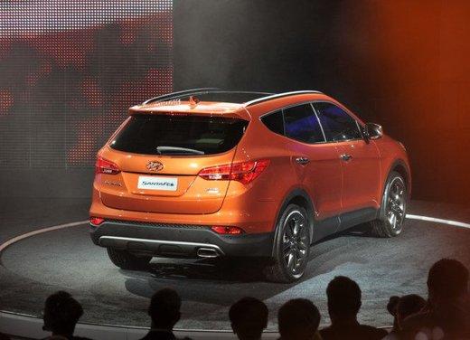 Nuova Hyundai Santa Fe prezzi e consumi - Foto 3 di 15