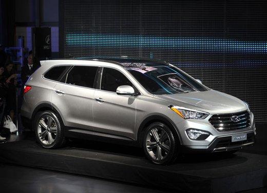 Nuova Hyundai Santa Fe prezzi e consumi - Foto 9 di 15