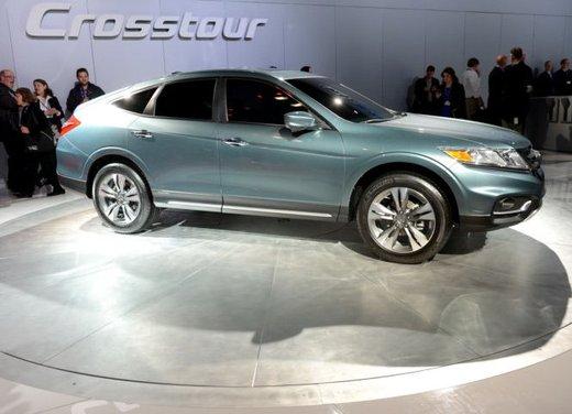 Honda Crosstour Concept - Foto 2 di 17