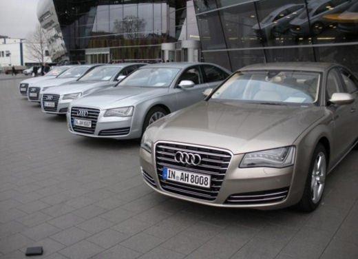 Audi A8 Hybrid provata su strada l'ammiraglia ecologica