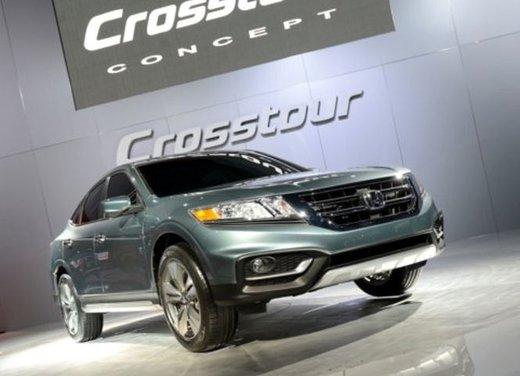 Honda Crosstour Concept - Foto 3 di 17