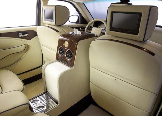Bufori Geneva l'asiatica contro Rolls-Royce e Bentley - Foto 13 di 20