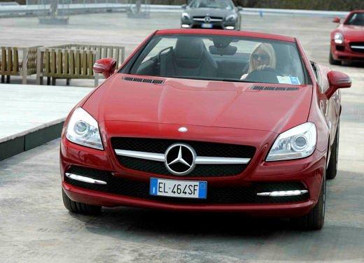 Mercedes SLK 55 AMG prova su strada sui colli romani - Foto 6 di 24