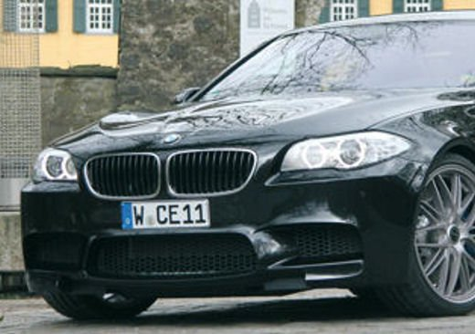 BMW M5 da 624 CV by Manhart Racing - Foto 6 di 9