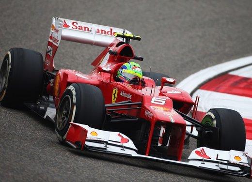 F1 GP Cina 2012: Schumacher primo nella seconda sessione di prove libere - Foto 9 di 32