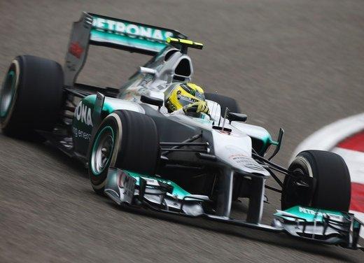 F1 GP Cina 2012: Schumacher primo nella seconda sessione di prove libere - Foto 2 di 32
