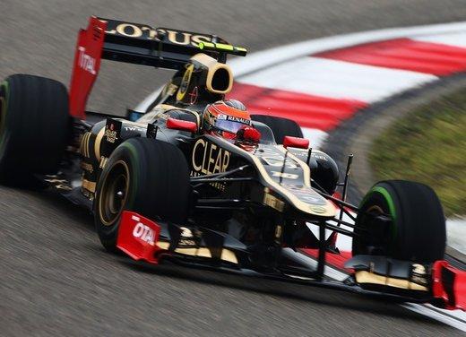 F1 GP Cina 2012: Schumacher primo nella seconda sessione di prove libere - Foto 11 di 32