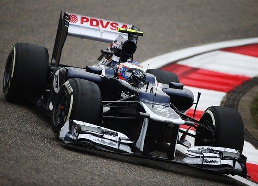 F1 GP Cina 2012: Schumacher primo nella seconda sessione di prove libere - Foto 13 di 32
